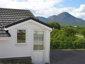 The cottage and the Red Cuillin
